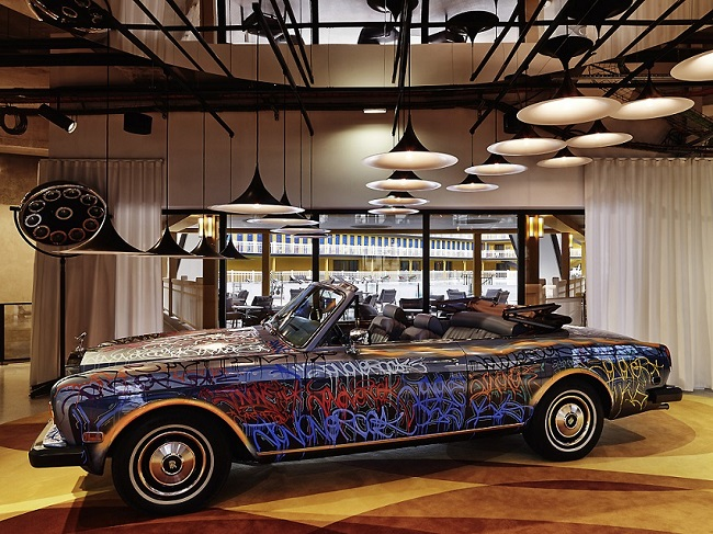 MOLITOR PARIS BY MGALLERY - Rolls Royce dans le lobby