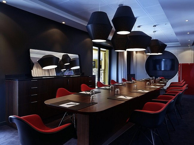 Espace business du MOLITOR PARIS BY MGALLERY