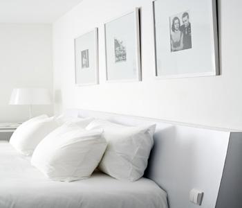 Tête de lit de la chambre standard