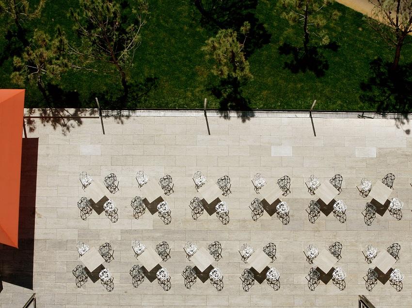 Terrasses vue de haut du Silken Puerta América Madrid