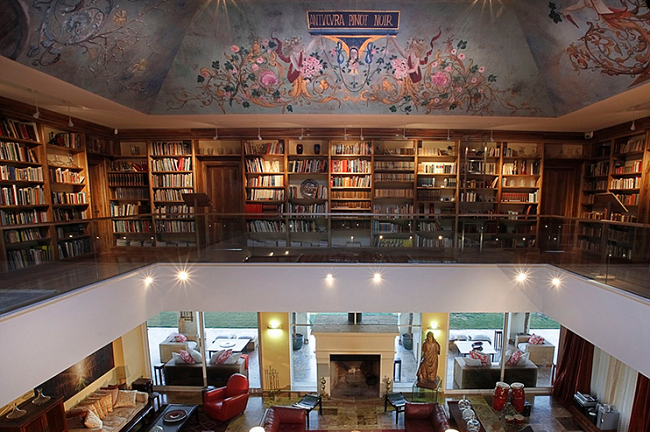 Salon et bibliothèque - Hôtel Casa Antucura - Argentine