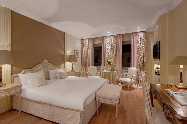 Chambre de l'hôtel Koenigshof de Munich