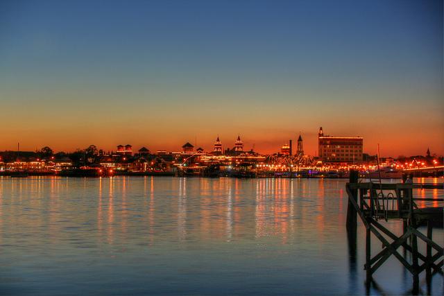 Saint Augustine en Floride illuminée pour les Nuits des Lumières à Noel