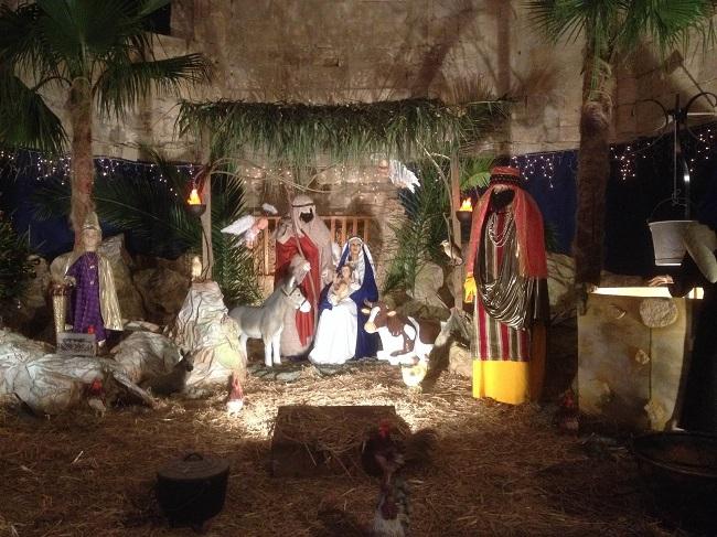 Crèche de Noël grandeur nature aux Fééries d'Aniane