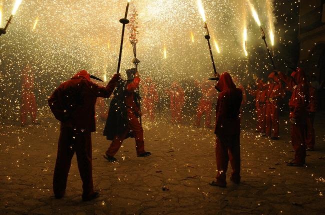 Correfoc à la Festa Major du quartier de Gràcia, Barcelone