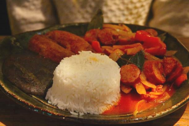 Assiette de Virado - Restaurant brésilien Gabriela - Paris