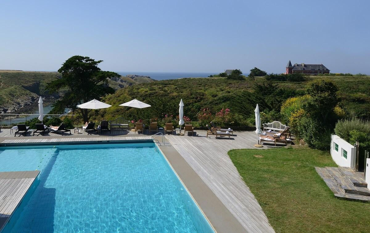 Piscine extérieure - Hôtel Castel Clara - Belle-île-en-mer