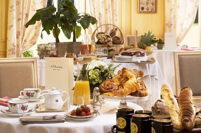 Petit-déjeuner - Hôtel La Chenevière - Port en Bessin