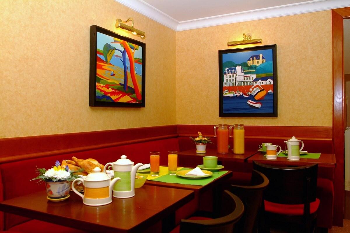 Petit-déjeuner - Hôtel Le Nautilus - Saint-Malo