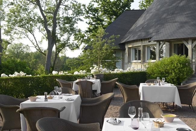 Terrasse restaurant - Hôtel Les Manoirs de Tourgéville - Tourgéville-Deauville