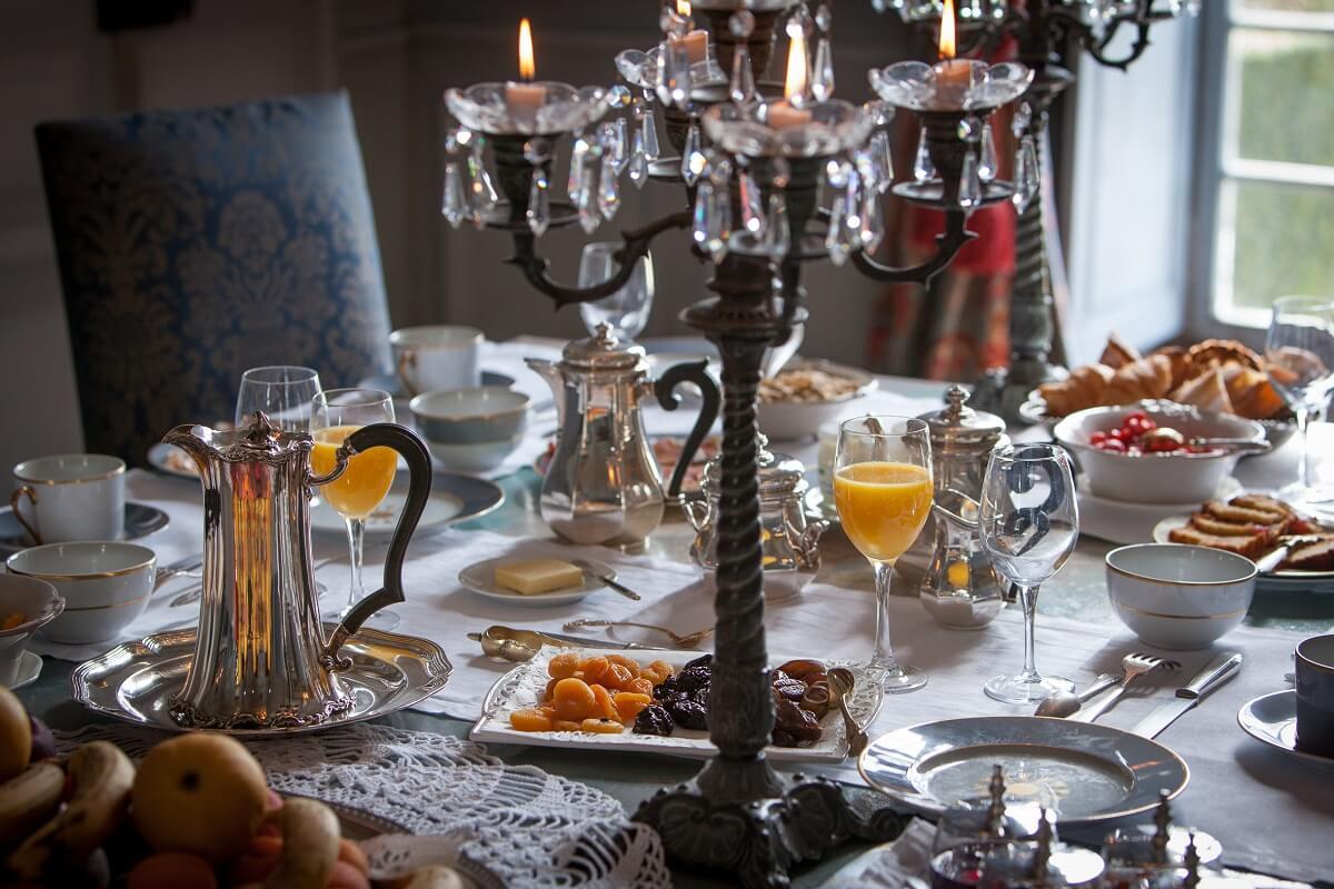 Petit-déjeuner - Hôtel Château de la Ballue - Bazouges la Pérouse
