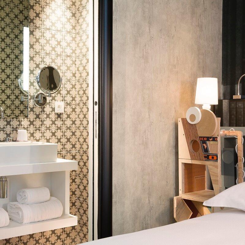 Eléments de décoration - Chambre de l'hôtel L'Antoine - Paris