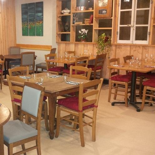 Salle à manger du restaurant Comme à la Maison