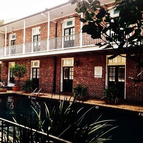Piscine extérieure de l'Hotel Provincial à La Nouvelle-Orléans