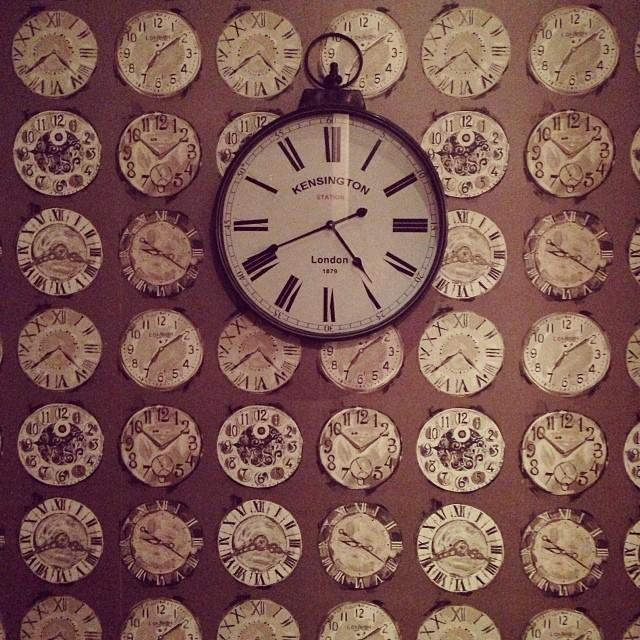 Horloge à l'Oakley Court
