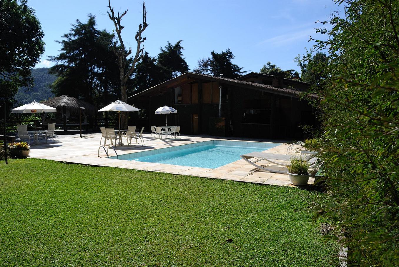 swimmingpool-Atelier Molinaro-Brazil-world cup