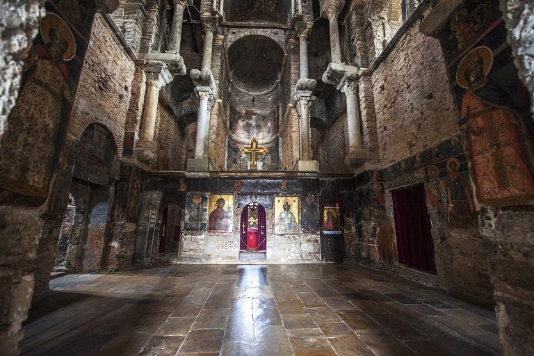 Παναγία Παρηγορήτισσα, Άρτα Θρησκευτικά Μνημεία, Μονές, Μοναστήρια, Εκκλησίες, Σημεία Προσκυνήματος στην Ελλάδα θρησκευτικός τουρισμός 1 246-thriskeftikos-tourismos-mnimeia-mones-monastiria-ekklisies-ellada