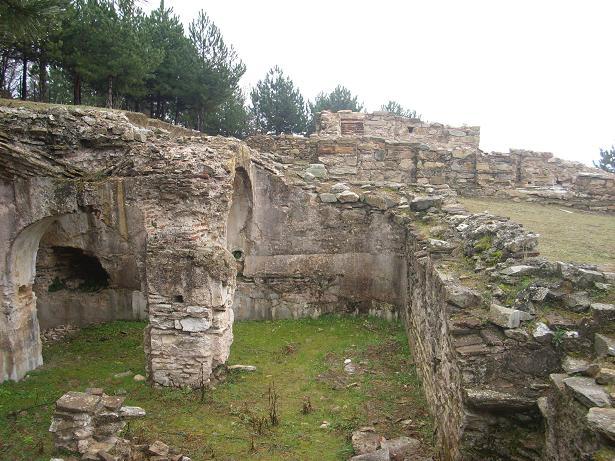 Θρησκευτικά Μνημεία, Μονές, Μοναστήρια, Εκκλησίες, Σημεία Προσκυνήματος στην Ελλάδα θρησκευτικός τουρισμός παπίκιο papikio-vuzantino-monastiko-kentro-rodopi-246-thriskeftikos-tourismos-mnimeia-mones-monastiria-ekklisies-ellada