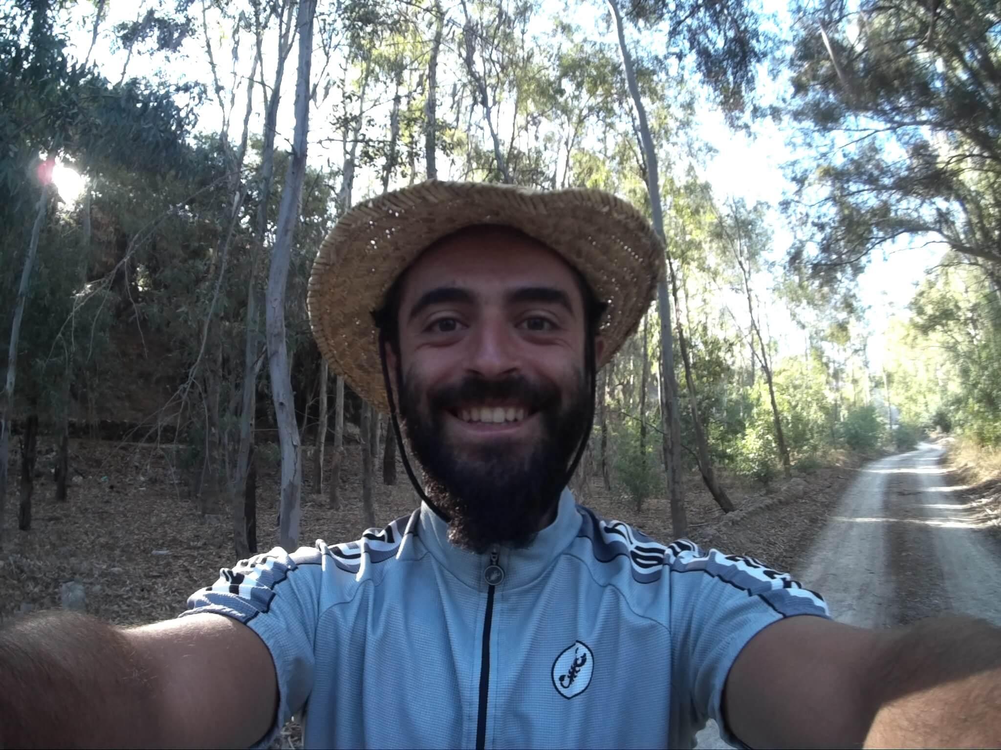 Εγω Λυκοποριά Αποστολής Τσεπαπαδάκης ο γυρος του κοσμου με ενα ποδηλατο