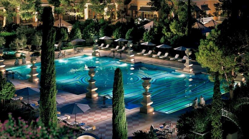 pool bellagio (1) ξενοδοχειο σιντριβανια
