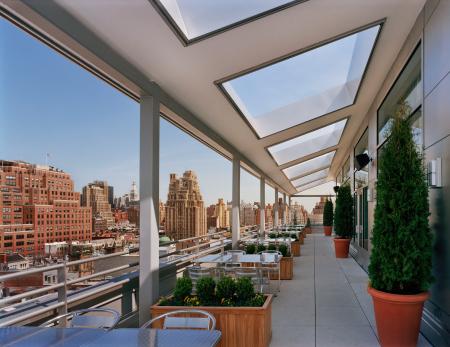 gansevoort_rooftop_terrace