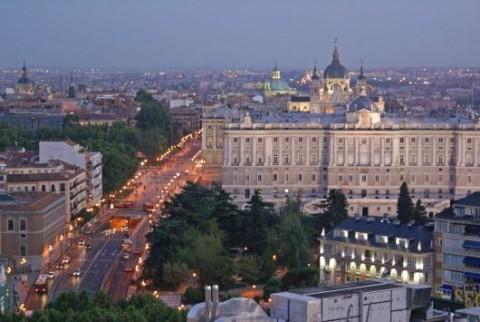 Palacio Real, Ansicht von weitem