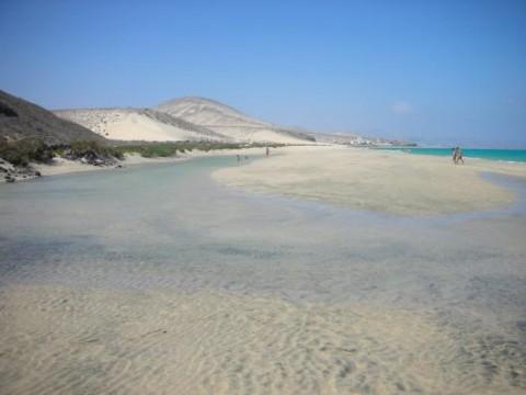 Der Jandia Strand erstreckt sich  über 21 Kilometer