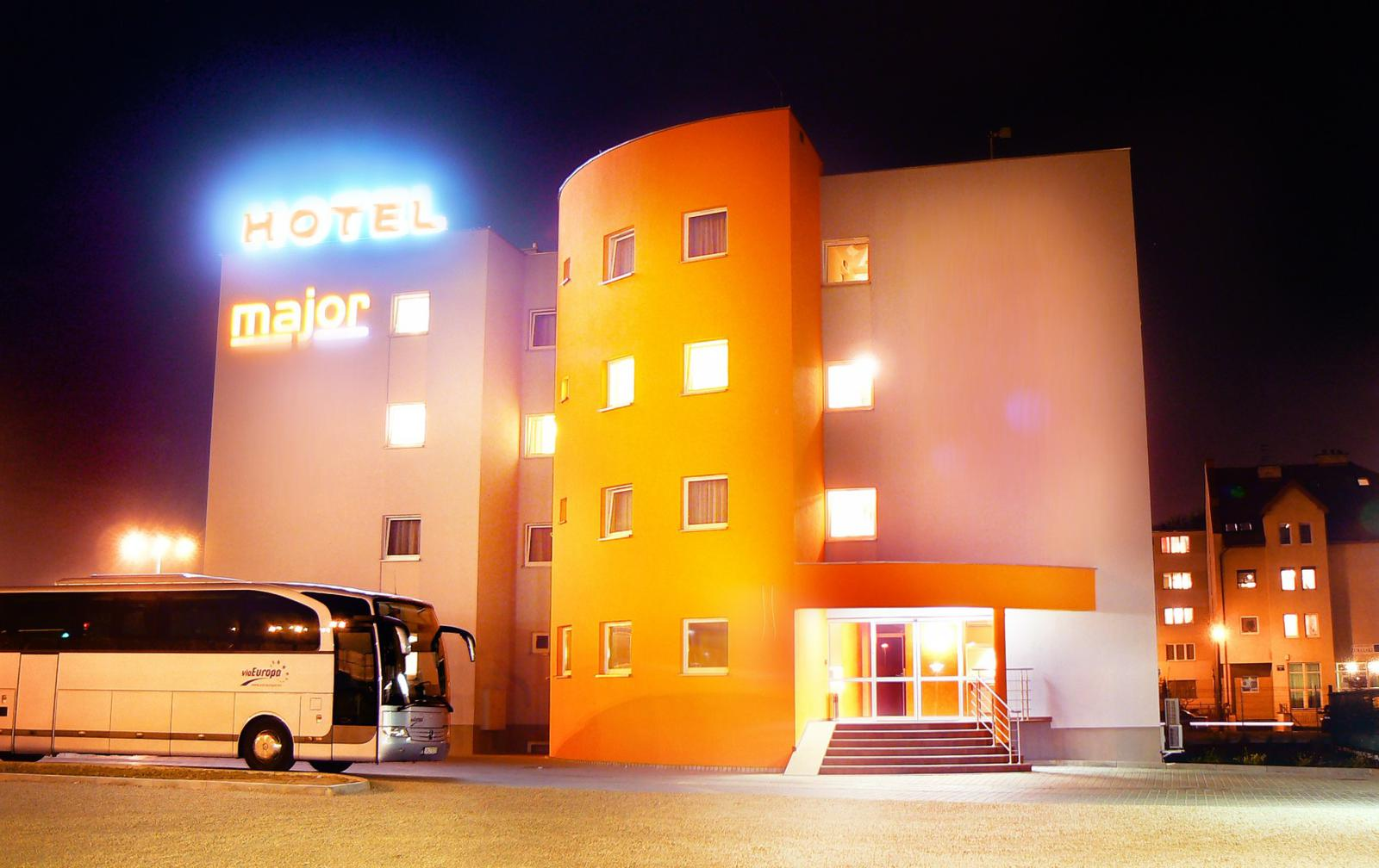Hotel Major am Abend