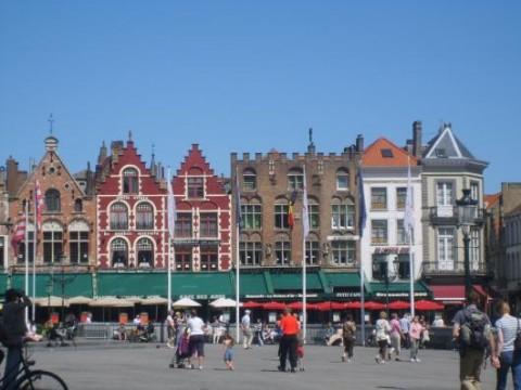 Der große Markt in Brügge