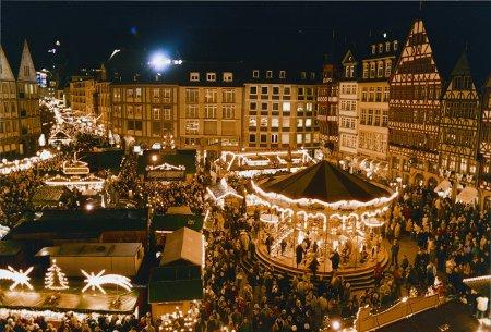 Blick auf den Frankfurter Weihnachtsmarkt, Foto: Tourismus+Congress GmbH Frankfurt am Main