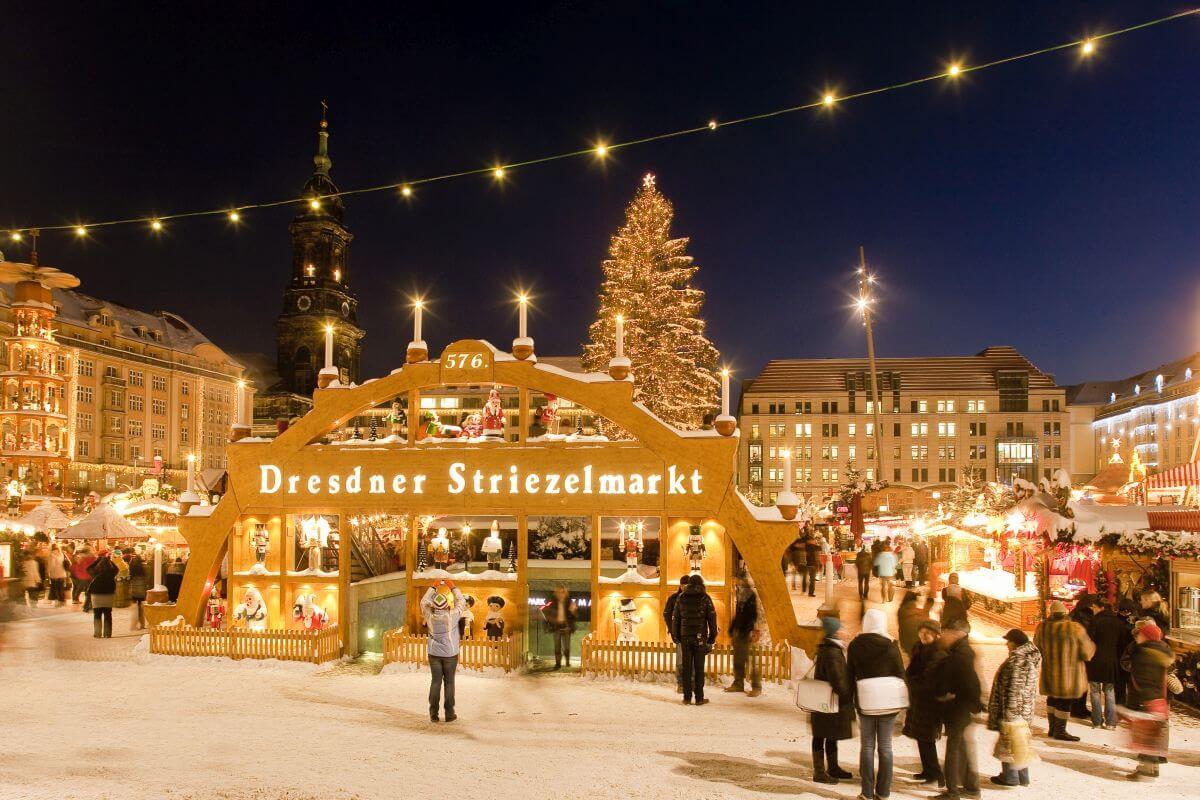 Größter Deutscher Weihnachtsmarkt.Wunderbarer Weihnachtstrubel Beliebte Weihnachtsmärkte In Deutschland