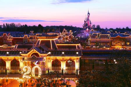 Seit über 20 Jahren stürmen die Besucher das berühmte Disneyland Paris