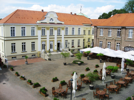 Im eleganten Schlosshotel Westerholt finden auch viele Hochzeiten statt