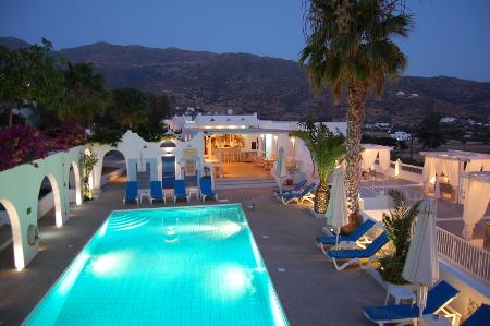 Marcos Beach Hotel, Ios