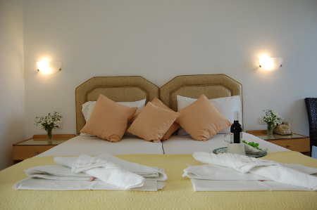 Blick in eines der Zimmer von Marcos Beach Hotel, Ios