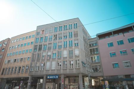 """Die Außenansicht des Hostels """"Augsburg Übernacht""""."""