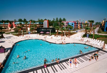 In diesem Piano-Pool und im Gitarren-Pool tauchen musikalische Gäste ab