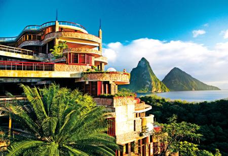 Das Hotel Jade Mountain befindet sich inmitten der Karibik