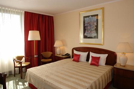 krakow room