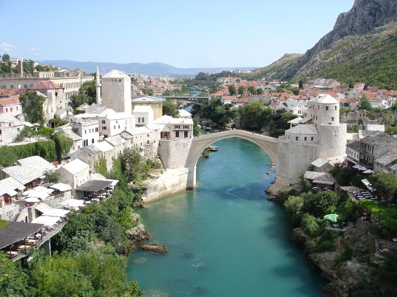 Die osmanische Brücke in Mostar