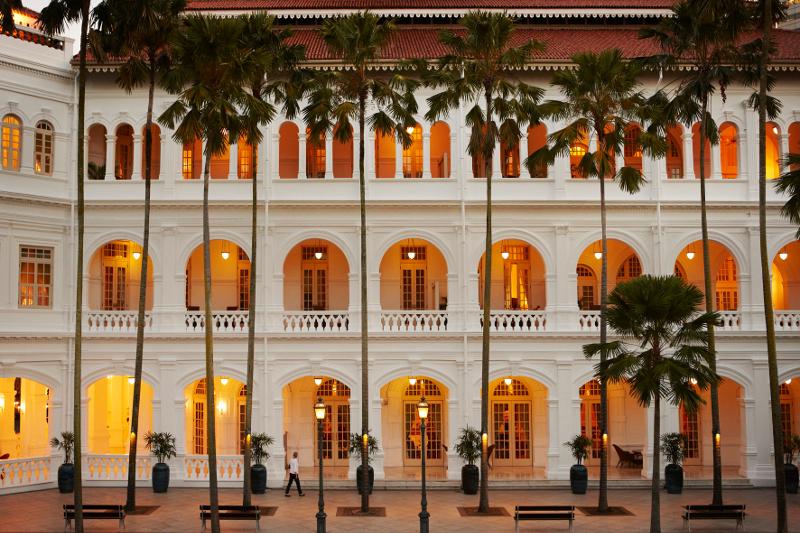 Blick auf das Hotel Raffles
