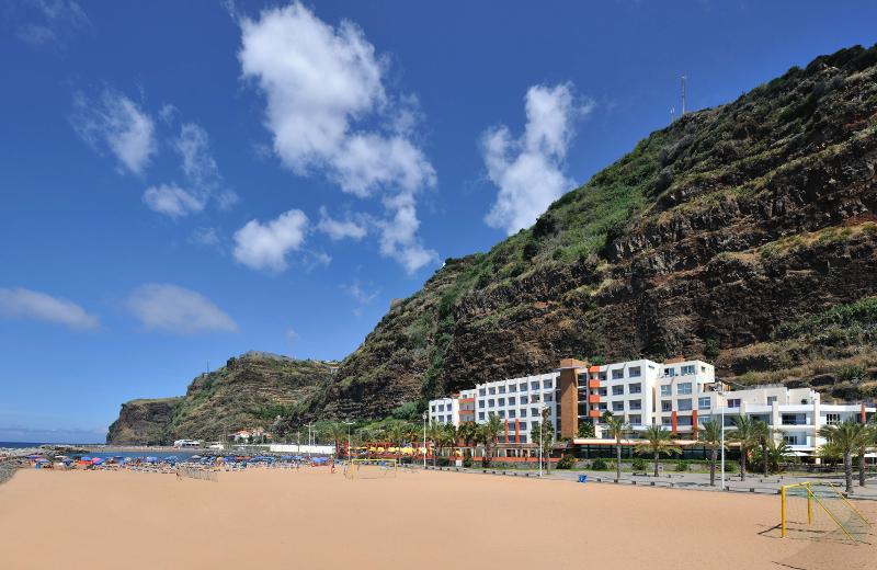 Hotel Calheta Beach (Madeira, Portugal)