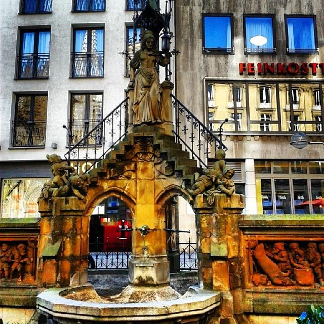 Heinzelmännchenbrunnen in Köln