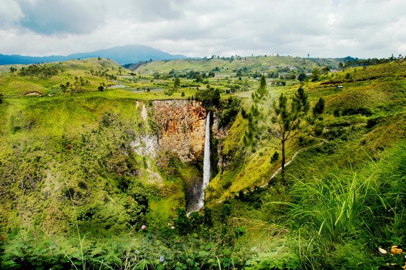 Sumatra Wasserfall