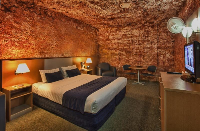 Desert Cave Hotel in Cooper Pedy