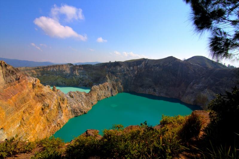 Kraterseen des Kelimutu