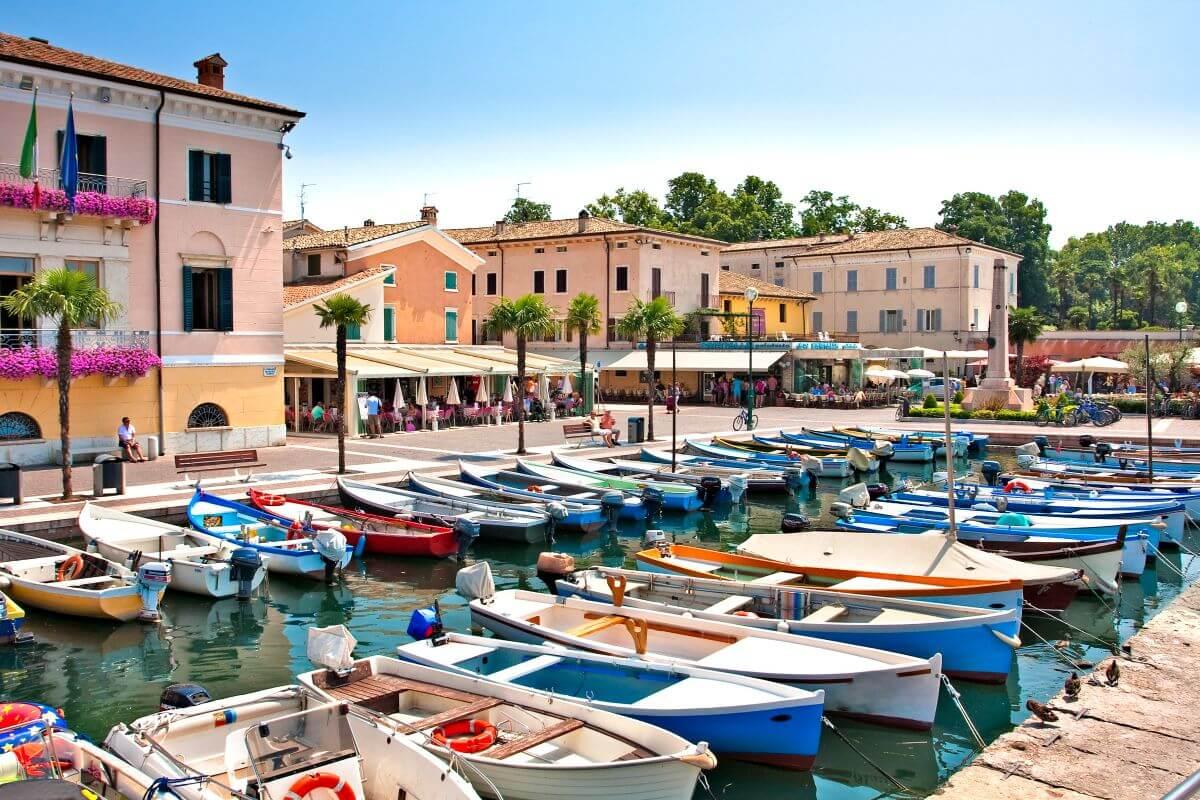 Am Hafen von Bordolino Gardasee