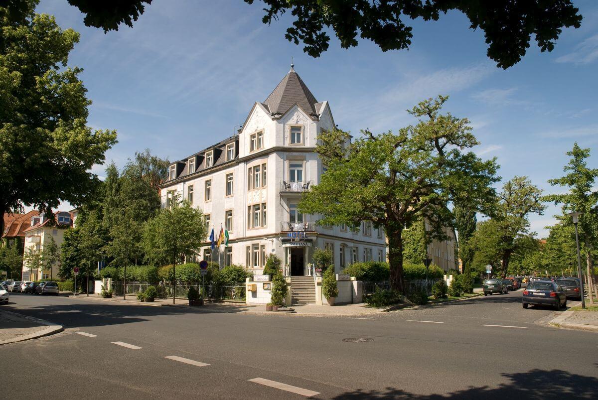 Hotel Smetana Aussenansicht
