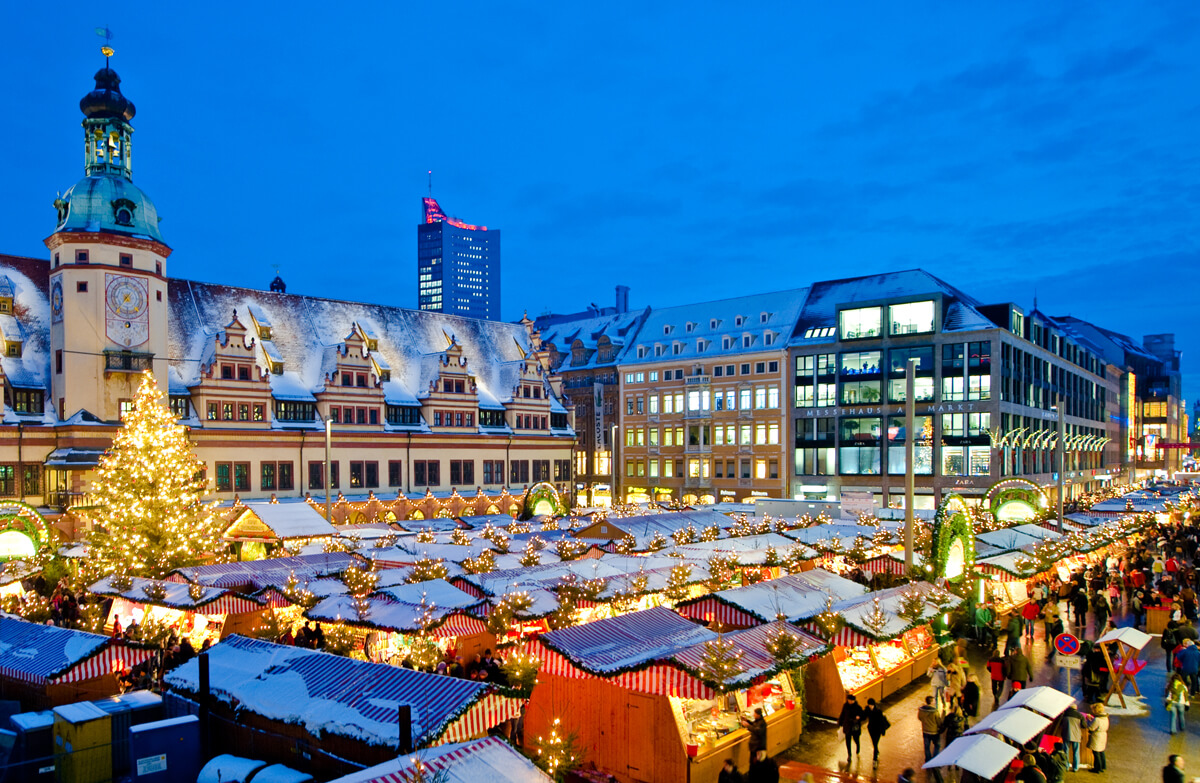 Weihnachtsmarkt ©Dirk Brozska