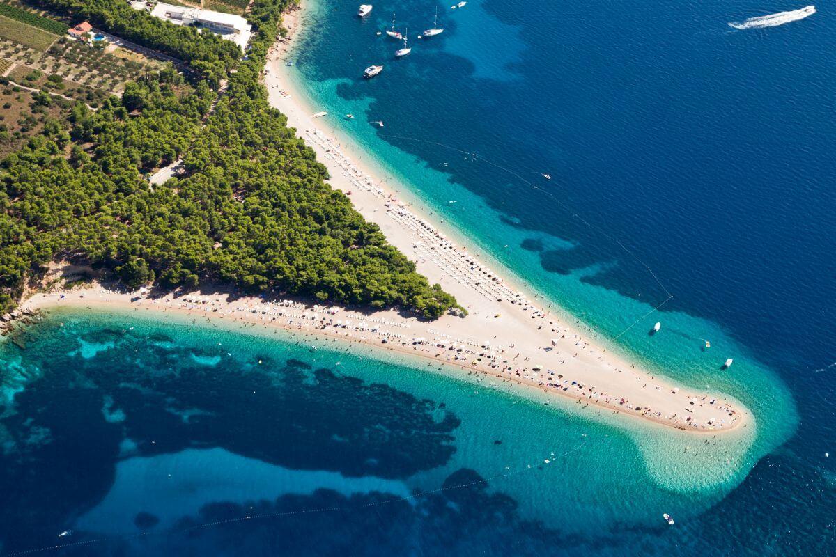 Strand Zlatni Rat Kroatien